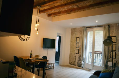 Appartamento in affitto a partire dal 05 mag 2020 (Carrer dels Abaixadors, Barcelona)