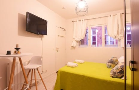 Apartamento para alugar desde 01 jul 2020 (Rue du Vieux Faubourg, Lille)