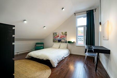 Privé kamer te huur vanaf 01 Jun 2020 (Rue de Louvain, Charleroi)