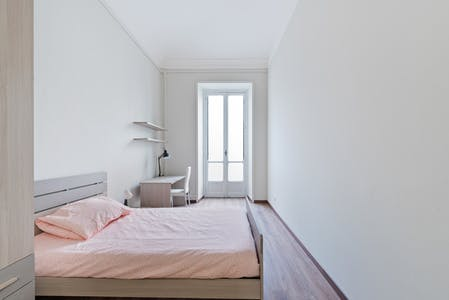 Private room for rent from 19 Jul 2020 (Via Sant'Anselmo, Turin)