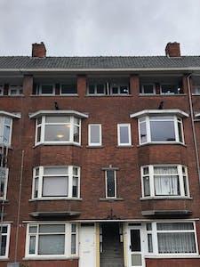 Privé kamer te huur vanaf 06 Dec 2019 (Narcissenstraat, Rotterdam)