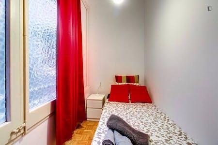 WG-Zimmer zur Miete ab 01 Juli 2020 (Carrer de Muntaner, Barcelona)