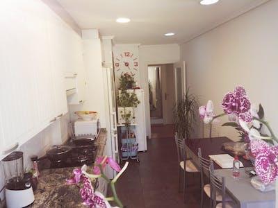 Gedeelde kamer te huur vanaf 13 Dec 2019 (Carrer El Campello, Elche)