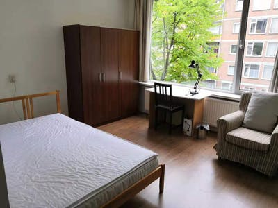 Private room for rent from 01 Apr 2020 (Johan Ramaerstraat, Amsterdam)