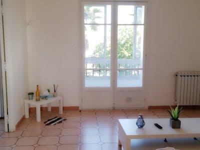 Appartamento in affitto a partire dal 16 feb 2020 (Avenue de l'Infanterie de Marine, Toulon)