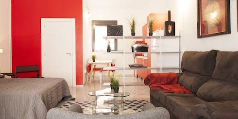 Wohnung zur Miete ab 03 Juli 2020 (Travesía de Vázquez de Mella, Madrid)