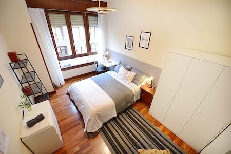 WG-Zimmer zur Miete ab 01 Juli 2020 (Plaza General Latorre, Bilbao)