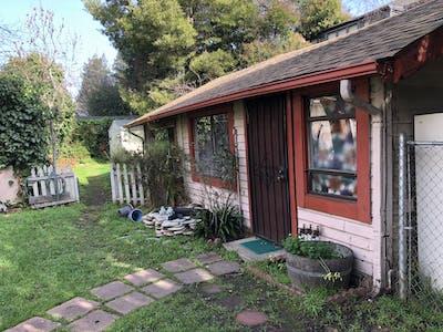 整套公寓租从01 3月 2021 (Dana St, Berkeley)