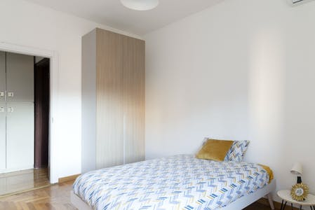 WG-Zimmer zur Miete ab 19 Aug. 2020 (Viale Carlo Troya, Milan)