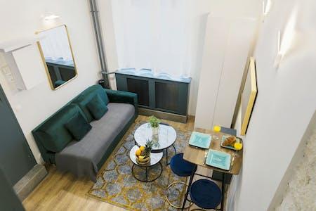 Wohnung zur Miete ab 08 Apr. 2020 (Rue de la Ville-l'Évêque, Paris)