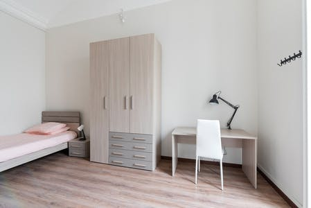 Private room for rent from 01 Aug 2020 (Via Sant'Anselmo, Turin)