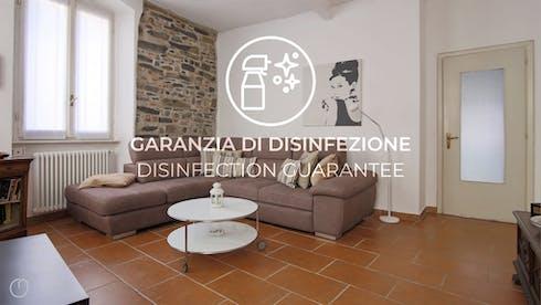 Disponible à partir de 04 mars 2022 (Via Coloniola, Como)