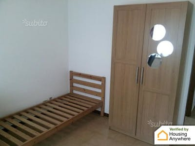 Private room for rent from 17 Aug 2019 (Via Sante Vandi, Roma)