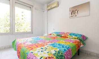 Room for rent from 31 Jul 2018 (Camino de Ronda, Granada)