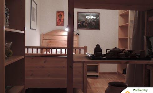 Kamer te huur vanaf 16 jun. 2018 (Bangatan, Göteborg)