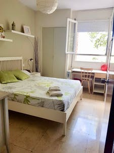 Room for rent from 02 Jul 2019 (Avinguda del Paral·lel, Barcelona)