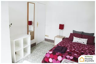 Private room for rent from 18 May 2019 (Gran Via de les Corts Catalanes, Barcelona)