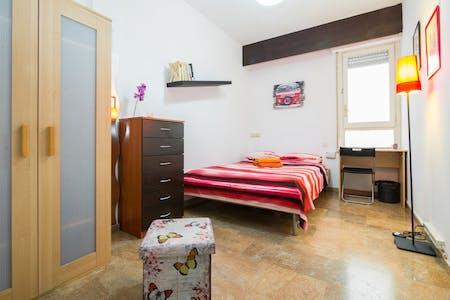 Chambre privée à partir du 01 Dec 2019 (Gran Via de les Corts Catalanes, Barcelona)
