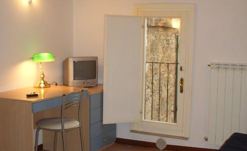 Apartment for rent from 01 Aug 2018 (Via Vallerozzi, Siena)
