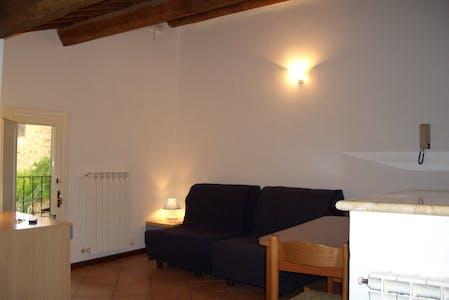 Appartement te huur vanaf 01 aug. 2018 (Via Vallerozzi, Siena)