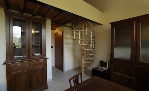 Appartement te huur vanaf 01 apr. 2018 (Via Fiorentina, Siena)