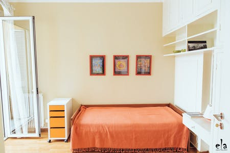Private room for rent from 01 Jun 2020 (Kipselis, Athens)