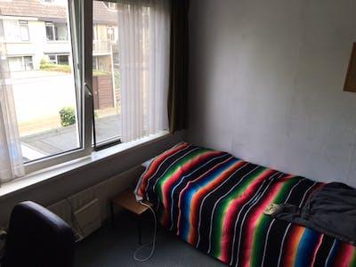 Habitación privada de alquiler desde 05 Jul 2020 (Merellaan, Capelle aan den IJssel)