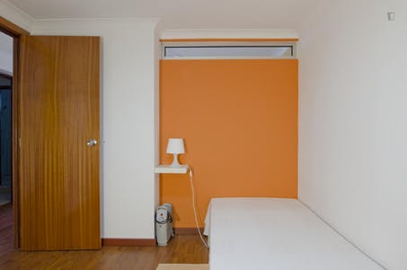 Room for rent from 01 Feb 2019 (Rua Cidade de Manchester, Lisbon)