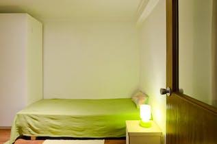 Private room for rent from 15 Jul 2019 (Rua Cidade de Manchester, Lisbon)