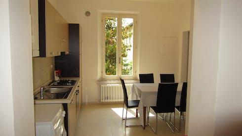 Room for rent from 01 Aug 2017  (Via del Pignattello, Siena)