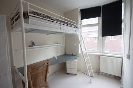 Room for rent from 31 Jul 2018  (Zoutziedersstraat, Rotterdam)