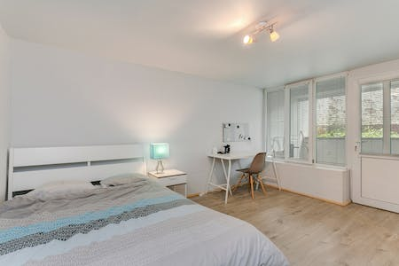 Private room for rent from 01 Jul 2020 (Avenue Milcamps, Schaerbeek)