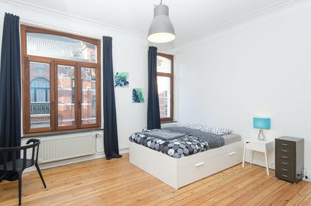 Private room for rent from 01 Jun 2019 (Rue Bordiau, Brussels)