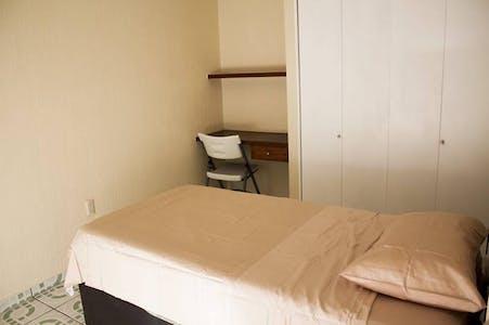 Private room in Apartment (Rosario Castellanos, Zapopan)