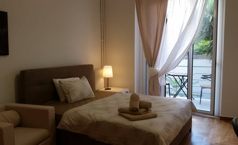Room for rent from 16 Sep 2018  (Kipselis, Athens)