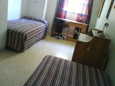 Private room for rent from 01 Aug 2019 (Calle Ceuta, Murcia)